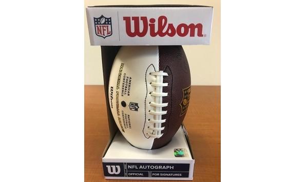 f175b0d74fb Tom Brady New England Patriots Autographed Football