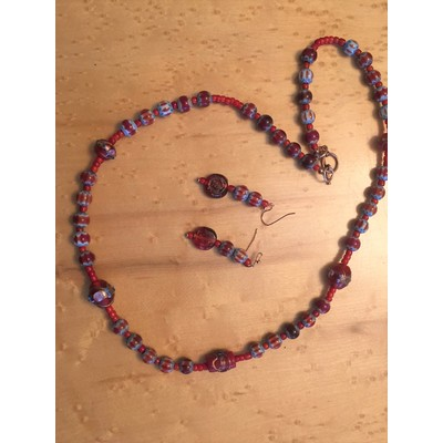 Gorgeous Handmade Necklace and Earring Set