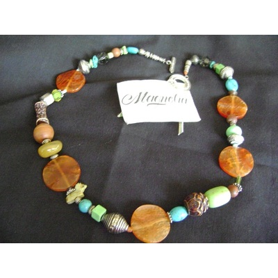 Vintage Magnolia Jewelry Festive Necklace