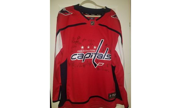 cheap for discount fee25 edd35 Washington Capitals 2018/2019 team autographed jersey with ...