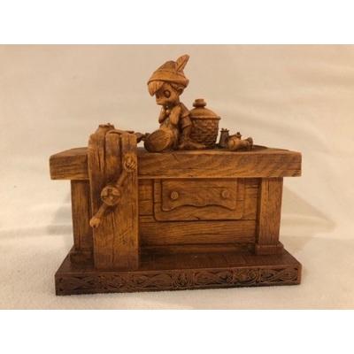 Image gepettos wood bench 01