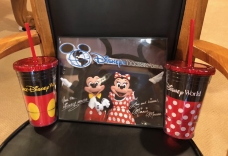 Mickey cups autograph