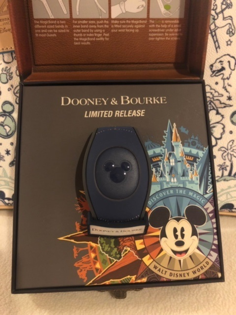 Mickey compass limited release magic band 01
