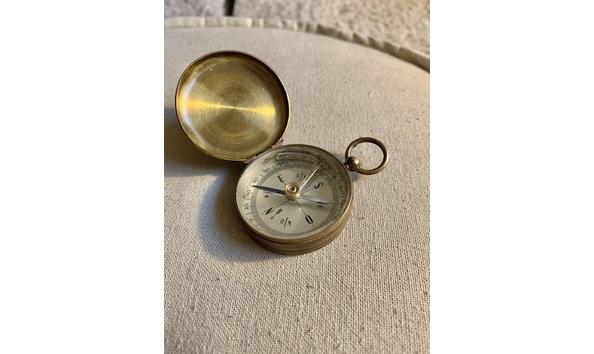 Big image vintage military brass compass1